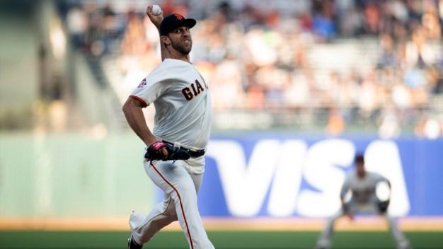 Bumgarner Tosses 8 Shutout Innings in Giants' Win vs. Padres