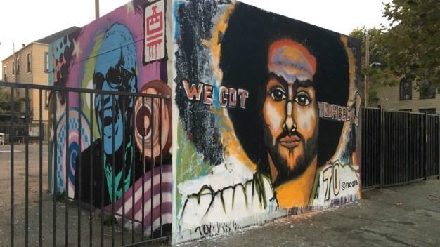 Muralist Salutes Colin Kaepernick in Oakland