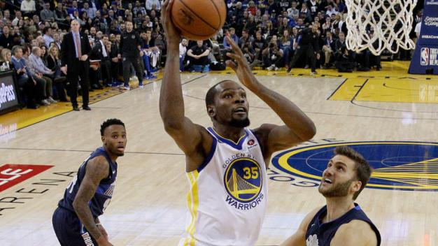 Durant, Warriors Beat Mavericks Running Away