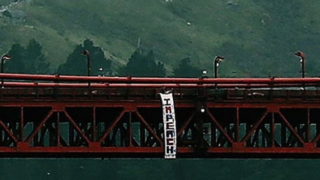 'HOLLYWeeD' Artist Hangs 'Impeach' Trump Banner in Bay Area