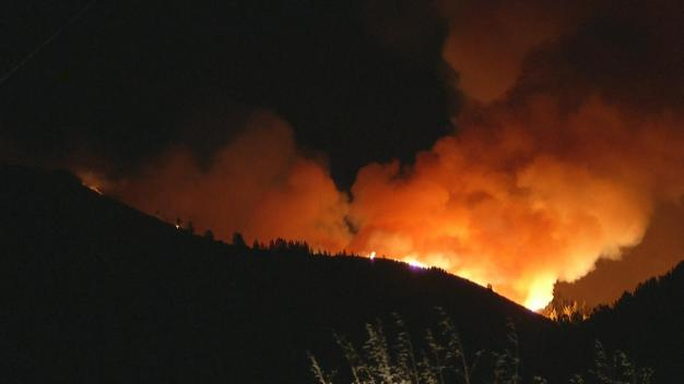 Loma Fire Spreads to 2,865 Acres, Some Evacuations Lifted