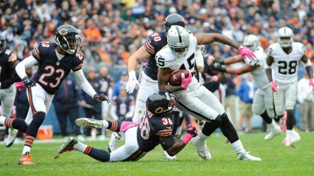 Robbie Gould Nails Late Field Goal, Raiders Fall in Chicago