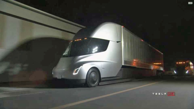 Tesla Unveils Plans For Electric Semi, New Roadster