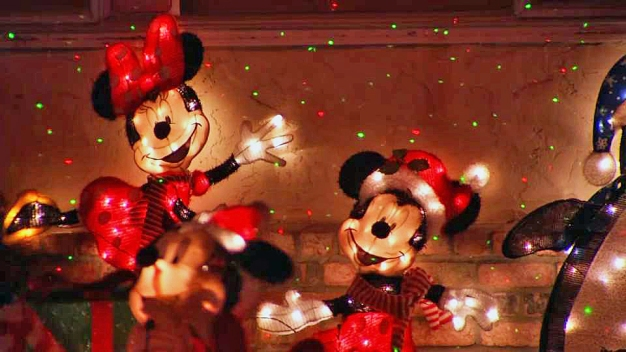 Christmas Grinches in San Jose Targeting Disney Decorations