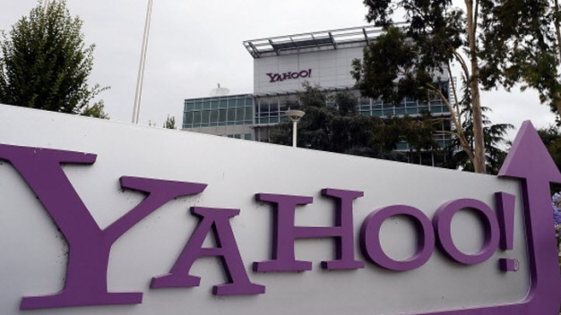Verizon Buys Yahoo for $4.83B