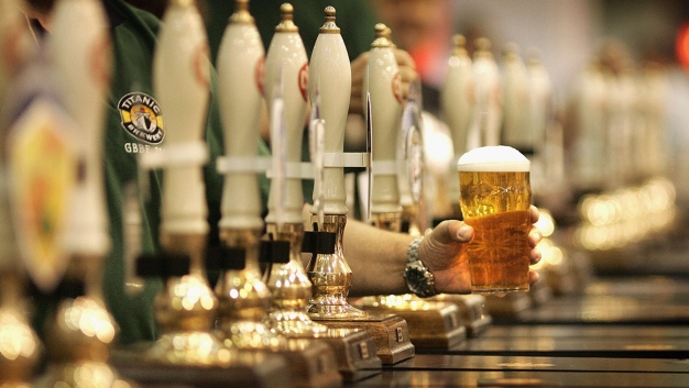Bill Stalls That Would Allow Alcohol to be Sold Past 2 A.M.