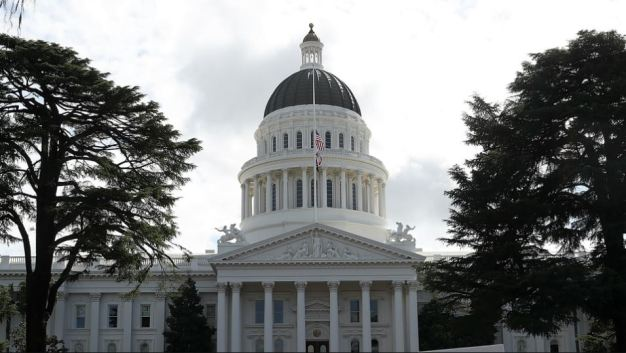 Bay Area Immigrant Rights Activists Head to State Capital