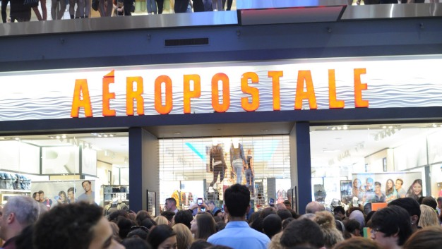 Aéropostale Files for Bankruptcy Protection