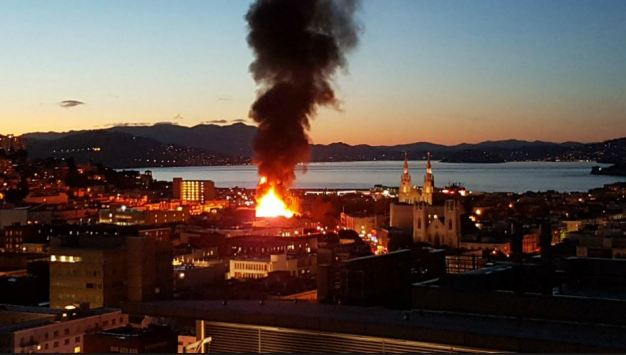 Fire Rips Through North Beach Building, Pumps Smoke Over SF