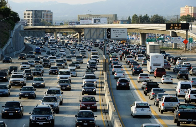 Thanksgiving Travel Rush in Full Swing