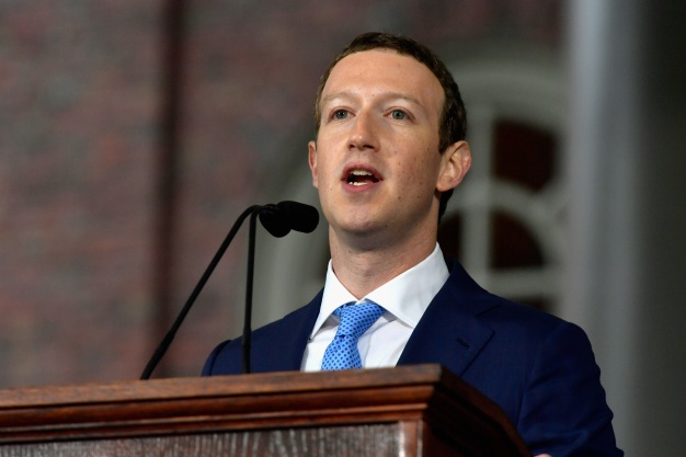 Facebook Hits 2 Billion Users, Zuckerberg Says
