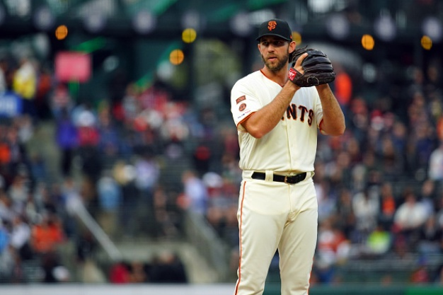 Giants Rally to Beat Mets in 16th For Sixth Straight Win