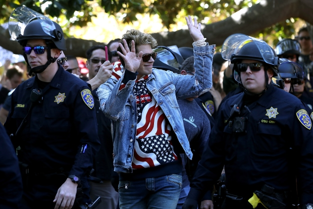 RAW: Milo Yiannopoulos Makes Brief Appearance at UC Berkeley