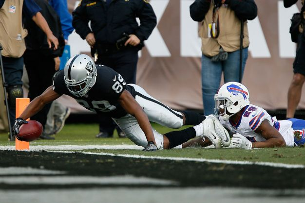Raiders Rally, Score Four Unanswered TDs to Beat Bills