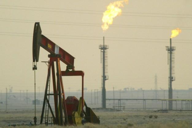 Oil Tumbles Amid OPEC Uncertainty