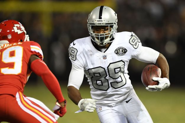 Raiders' Carr Says Cooper Played Hurt in 2017