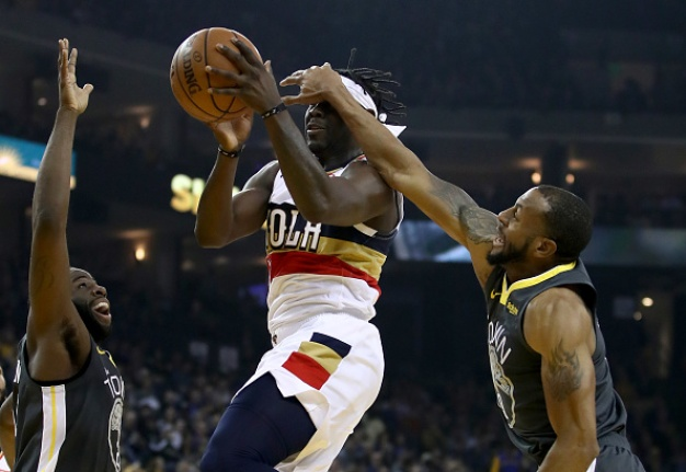 Warriors Rally to Beat Pelicans For Sixth Straight Win