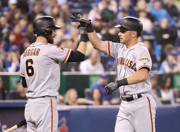 Giants Muscle Up With Four Homers, Edge Blue Jays