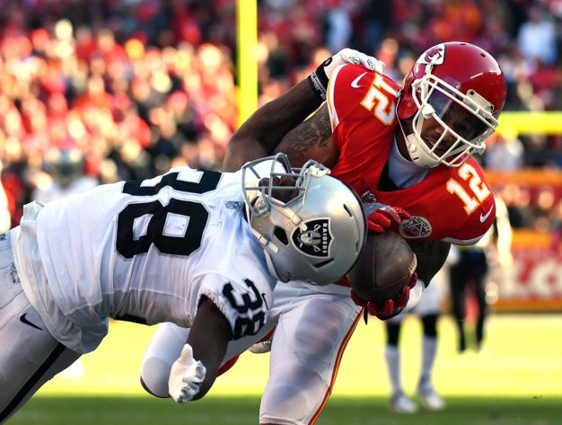 Raiders' Hopes Are Slim After Loss to Chiefs