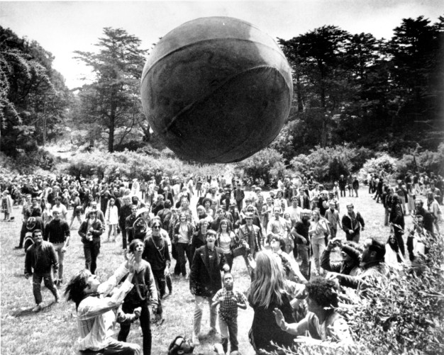 1967: Inside 'Haight Ashbury' During the 'Summer of Love'