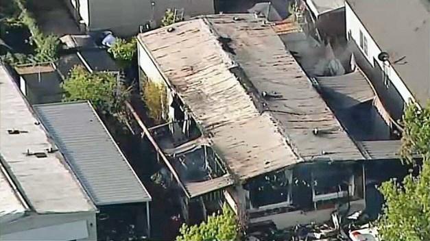 1 Dead Following Mobile Home Fire in SJ: FD