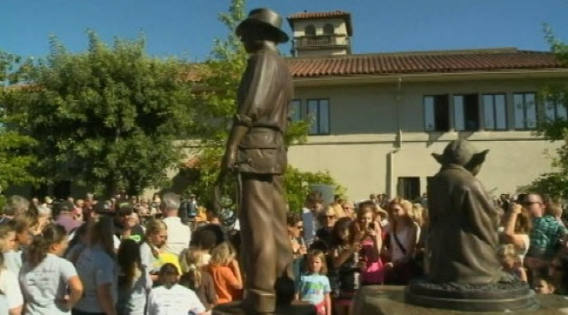 Yoda, Indiana Jones Statues Unveiled