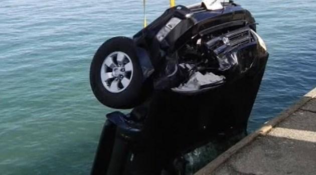 Car Plunges off Santa Cruz Wharf