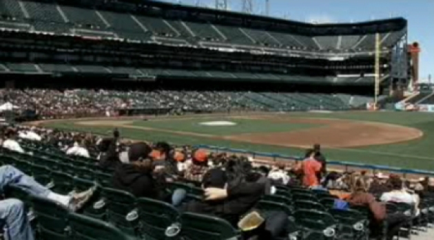 [BAY] Giants Fans Bring in Opening Day at AT&T Park