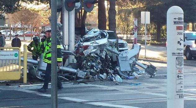 [BAY] Tracks Reopen After Deadly Caltrain Collision
