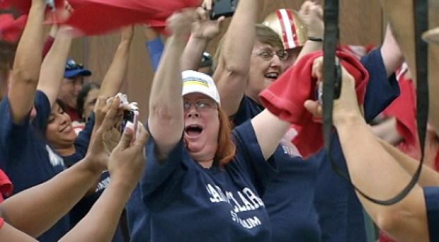 [BAY] RAW VIDEO: Santa Clara Cheers Super Bowl L Decision