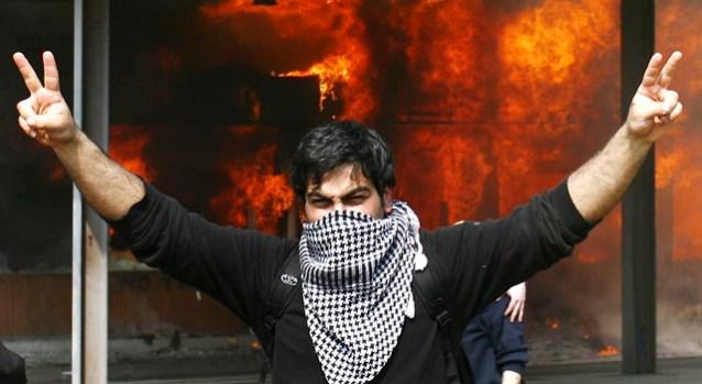 [NATL] G-20 Protesters Turn Violent