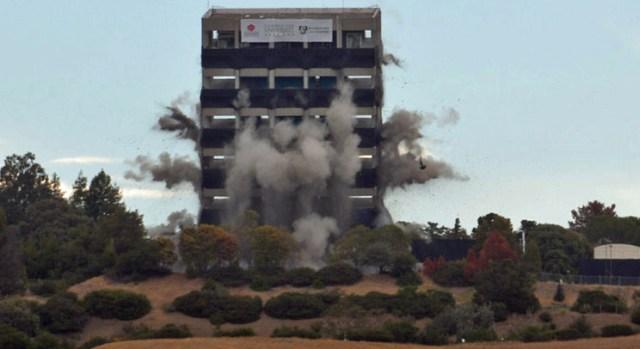 Ten Second Implosion in Stills