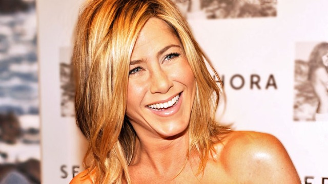 Jen Aniston Combines 3 Units for a Deluxe Home