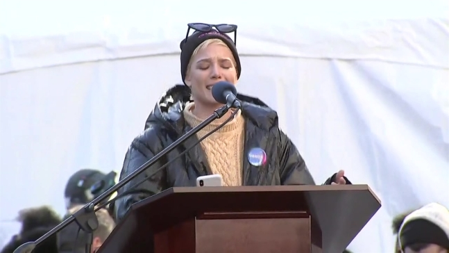Halsey Recites Powerful 'Me Too' Poem at Women's March in NY