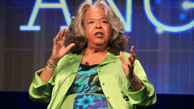 With the Angels: Della Reese Dies at 86
