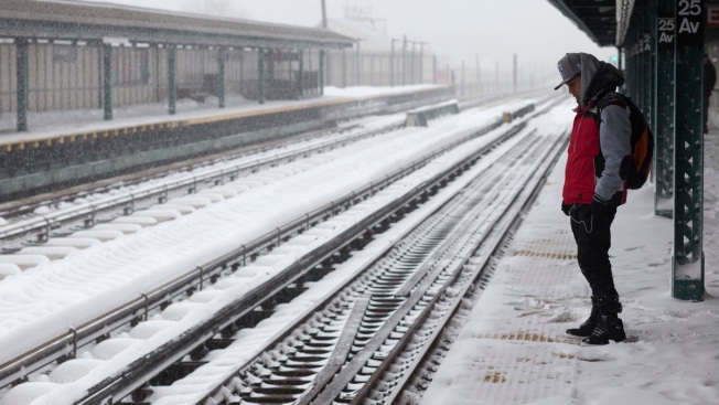 Mammoth Snowstorm Paralyzes East Coast