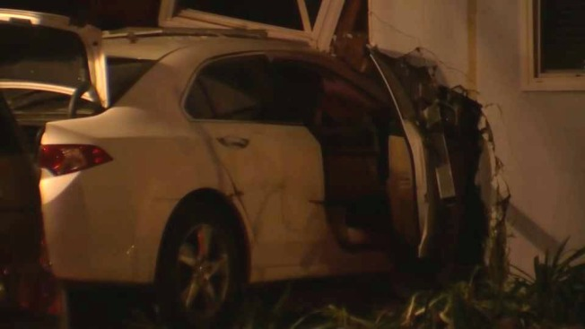 Reckless Driver Doesn't Stop for Police, Crashes Into Apartment Building in San Mateo: Police