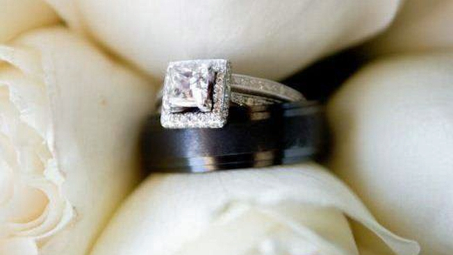 Morgan Hill Turn To Police Facebook Find Stolen Wedding Rings