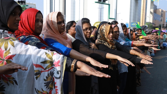 Women in India Form Massive Human Chain for Gender Equality