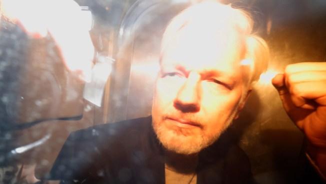 WikiLeaks' Julian Assange Sentenced to 50 Weeks for Bail-Jumping