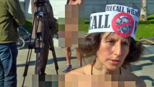 Gypsy Taub, Naked Activist, Plans Nude Wedding on Steps of San Francisco City Hall