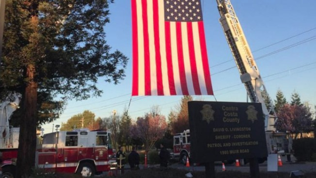 Procession in Remembrance of Fallen Alameda County Sheriff's Deputy