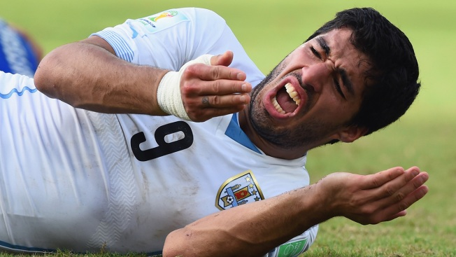 Suarez Apologizes for Biting Opponent at World Cup
