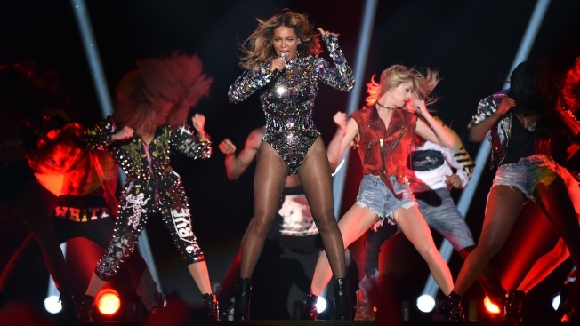 Bow Down: Beyonce Owns the MTV Video Music Awards