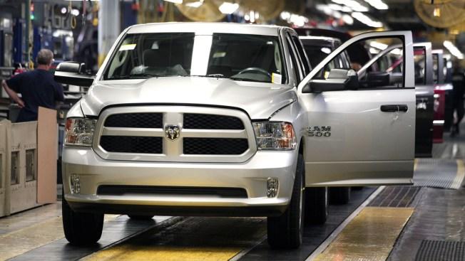 US Eyes 1M Ram, Durango Gearshifts for Rollaway Risk