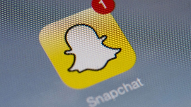 Hackers Leak Thousands of Snapchat Photos