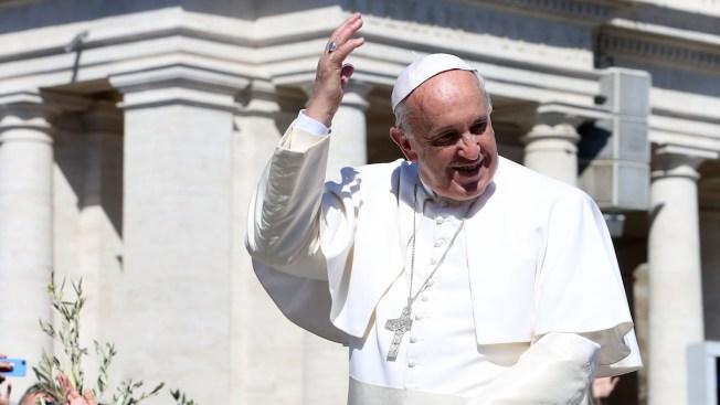 Vatican: Pope Francis Considering Cuba Stop on U.S. Visit