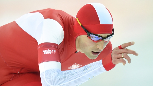 Poland's Brodka Wins 1,500m Speedskating; Shani Davis Fails to Medal