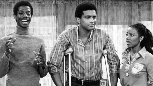 """Good Times"" Actor Ben Powers Dies at Age 64"