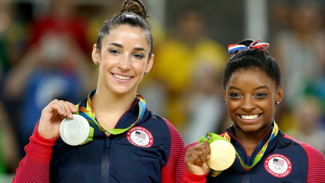 Floor Exercise: Biles Wins 4th Gold, Raisman Gets Silver